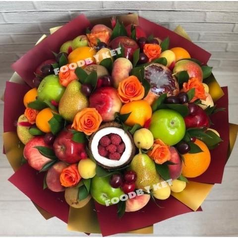 Композиция из фруктов Вегато