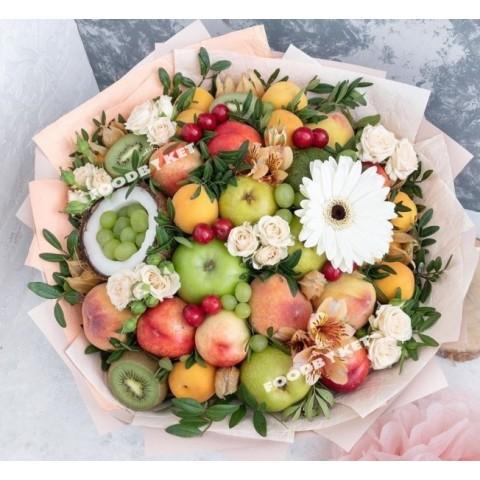 Сочный фруктовый букет